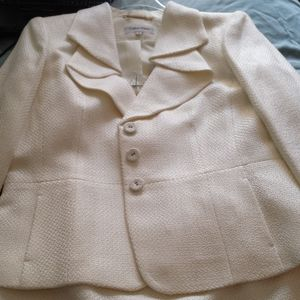 NWT- ivory skirt suit by Calvin Klein - size 14